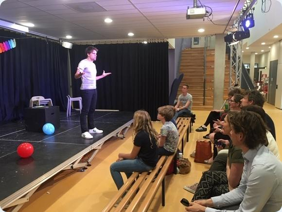 Theater Talentklas presenteert